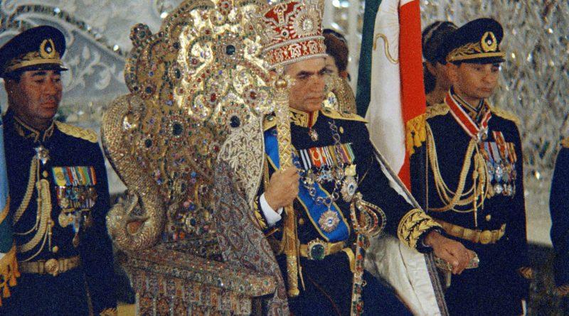 Shah Iran Mohammad Reza Pahlavi trono imperiale
