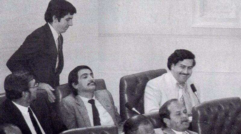 Pablo Escobar politica Congresso Colombia Parlamento narcos cartello medellin